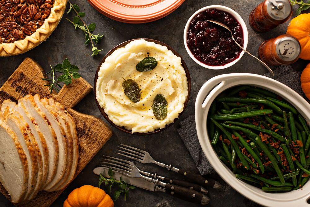 thanksgiving-side-dishes-that-are-safe-for-dogs
