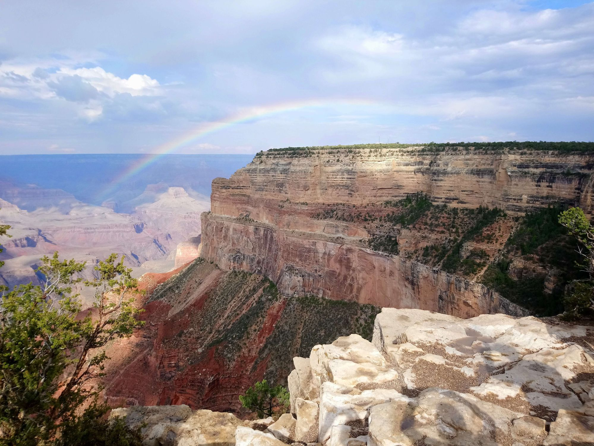 rainbow-over-brown-cliff-at-grand-canyon-national-park
